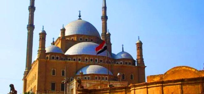 Egypt Public Opinion: Islamists or Modernizers
