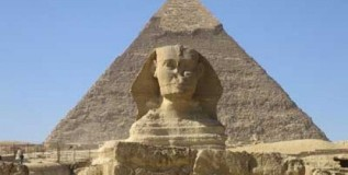 News Analysis: Egypt's Tourism 'on the Ropes'