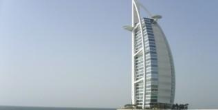 Bahrain vs Dubai: To Live and To Do Business