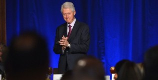 Clinton Tries To Set Up Obama As 'Patsy to The Hawks'
