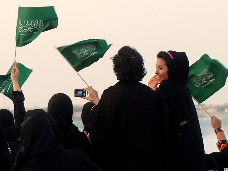 the rights of women in saudi Saudi women cast their votes in the kingdom's municipal when the rulers of saudi arabia allowed women to run for municipal offices and vote in the saudi arabia remains one of the most repressive countries in the world in terms of human rights overall and women in.