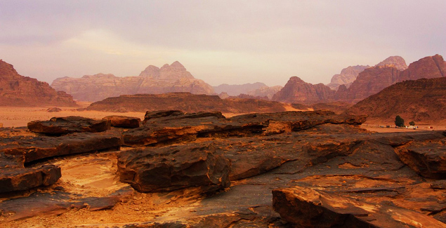 wadi-rum mars-scape