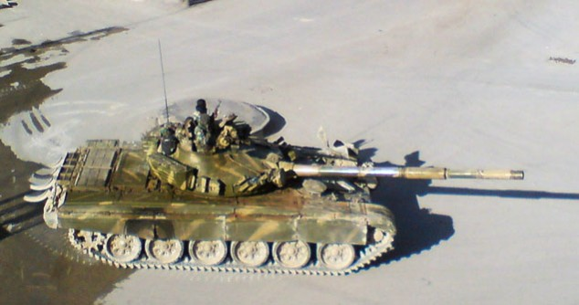 http://mideastposts.com/wp-content/uploads/2012/07/TankSyria-634x334.jpg